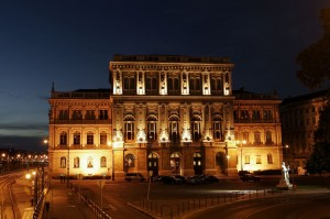 Palace_of_the_Academy_03
